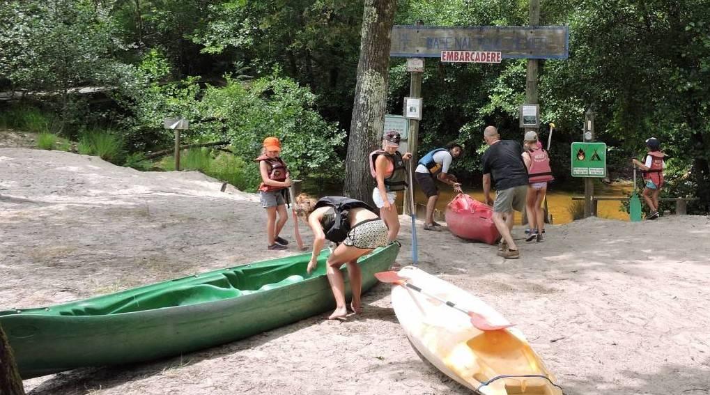 que faire dans les landes ce week end descente en cano kayak entre amis sur la leyre mexico. Black Bedroom Furniture Sets. Home Design Ideas